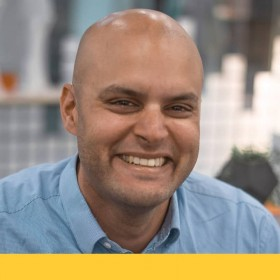 Neilsen De Souza, Optometrist.